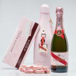 "Champán GH Mumm Rosé con Biscuits Roses, un regalo absolutamente ""chic"""