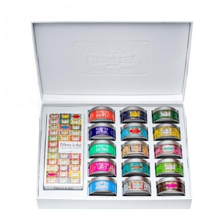 Caja con 15 variedades de té Kusmi en latas individuales y caja de 100 filtros
